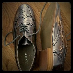 Silver Oxford Shoes Size 8